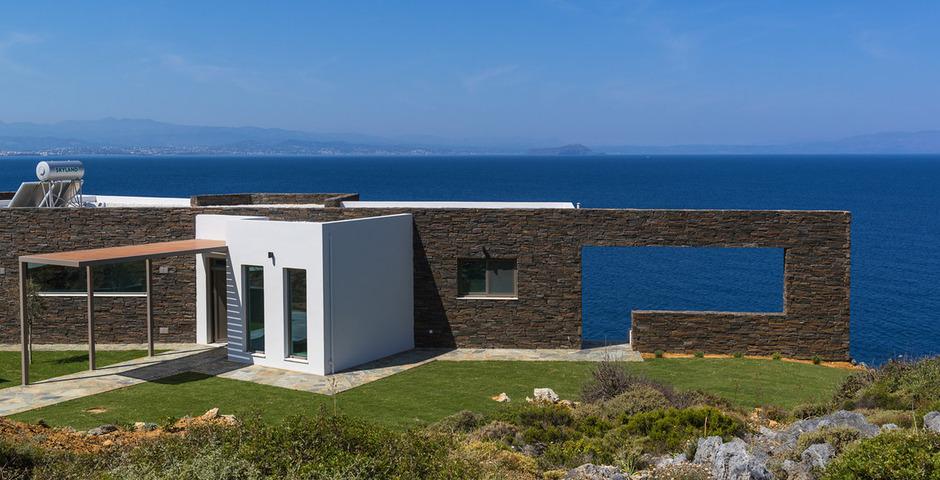 Show luxury villa crete front3