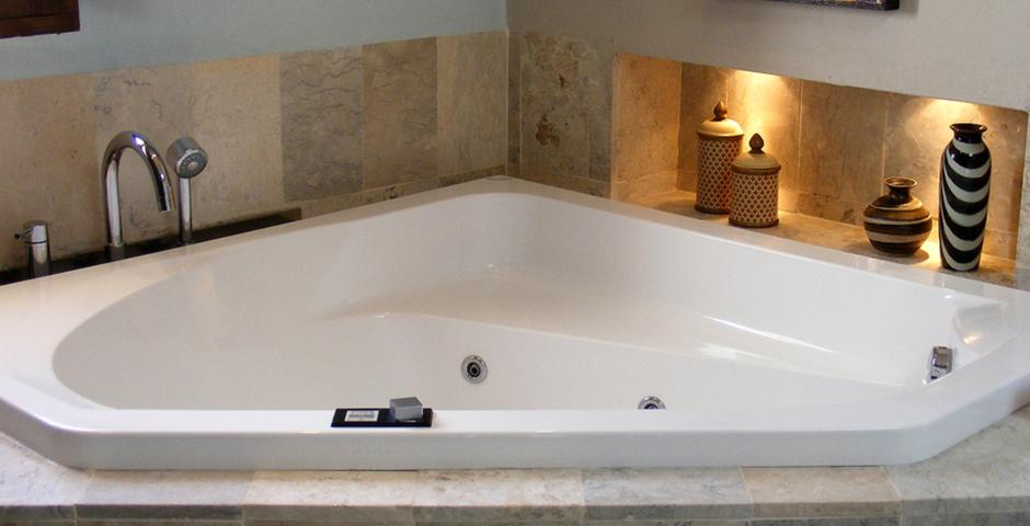 Show can jordi ibiza villa bathroom jacuzzi tub