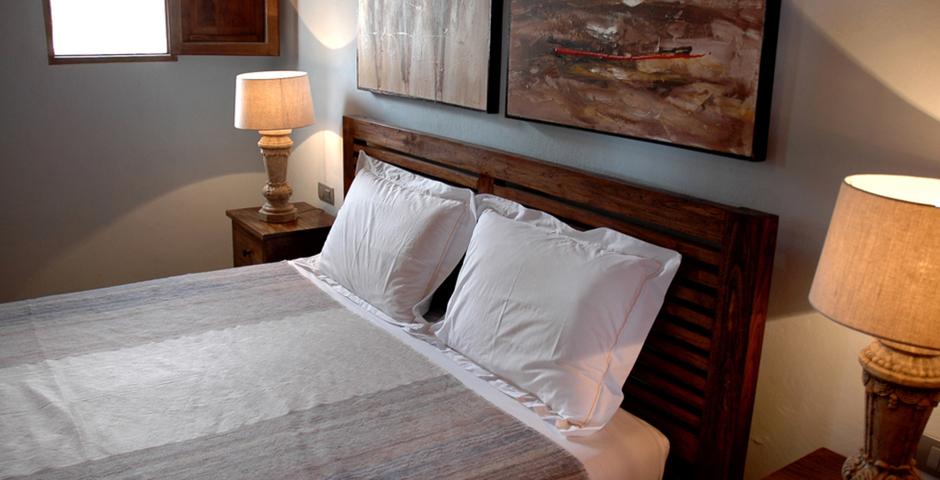 Show can jordi ibiza villa bedroom