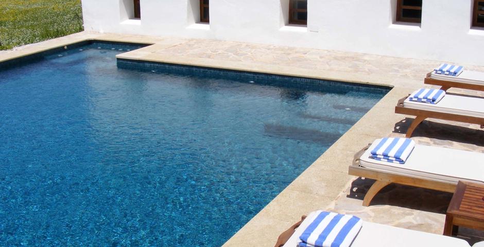 Show can jordi ibiza villa detail sunbeds
