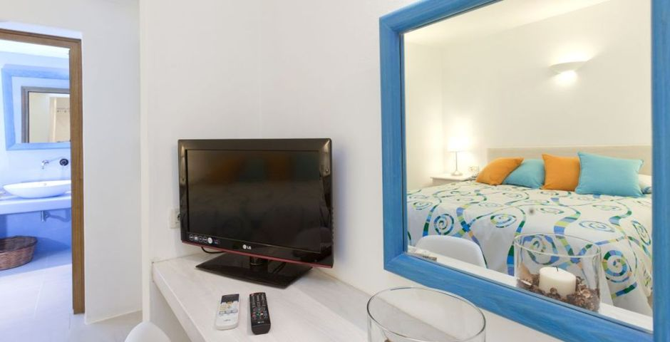 Show levantes bedroom amenities