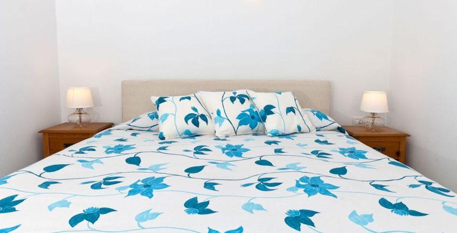 Show zephyros bedroom