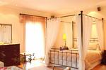 Thumb villa  classic bedroom