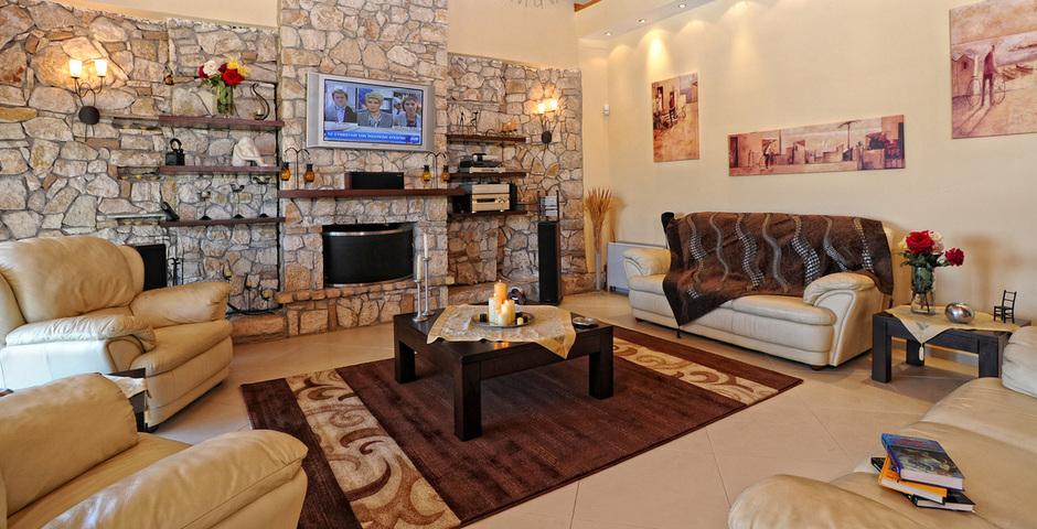 Show villa  classic living room