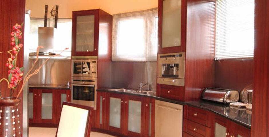 Show villa classic kitchen big