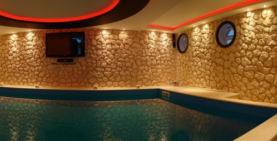 Show villa exclusive   indoor pool