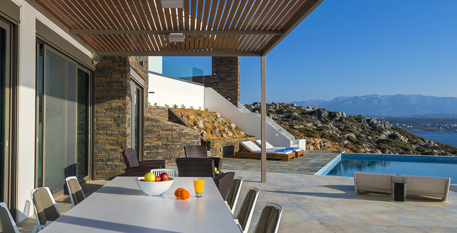 Show luxury villa crete outdoor dining 15