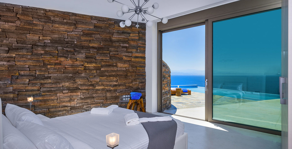 Show luxury villa crete seafront bedroom 32