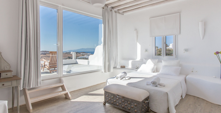 Show honeymoon suite with private terrace 1st level