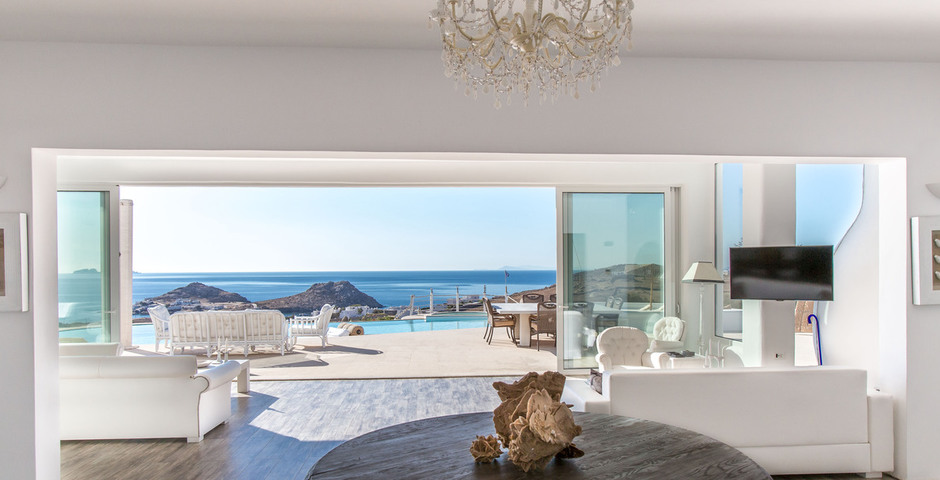 Show living room unlimited sea  sunrise view