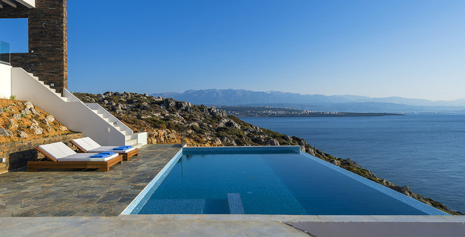 Show luxury villa crete seafront infinity private pool 12
