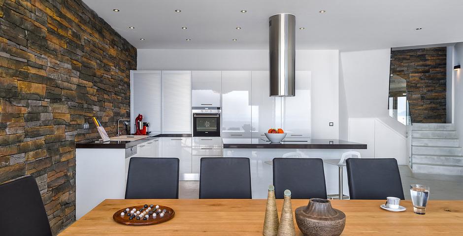 Show luxury villa crete seafront livingroom 13