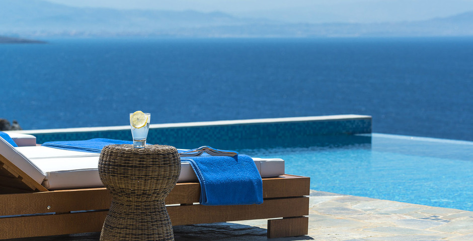 Show luxury villa crete seafront infinity private pool 17