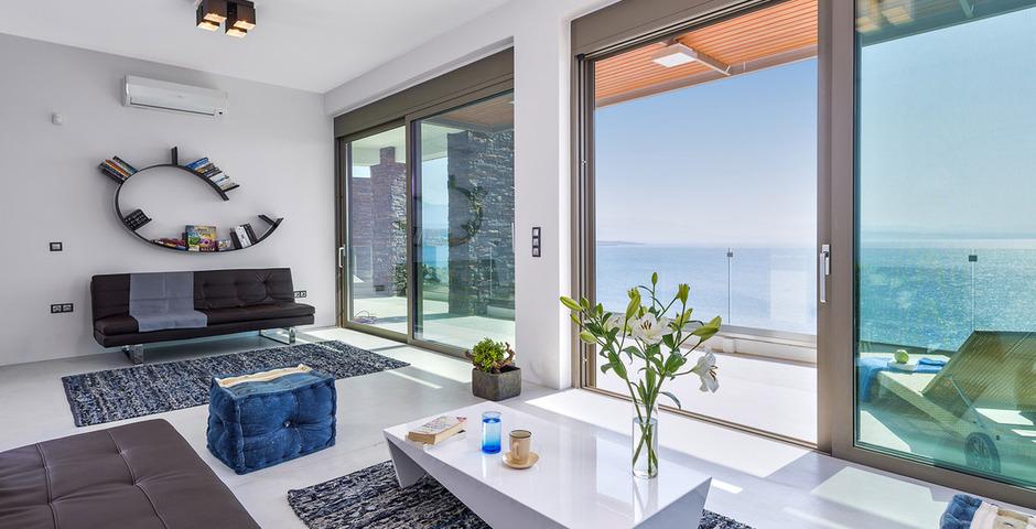 Show luxury villa crete seafront livingroom 23