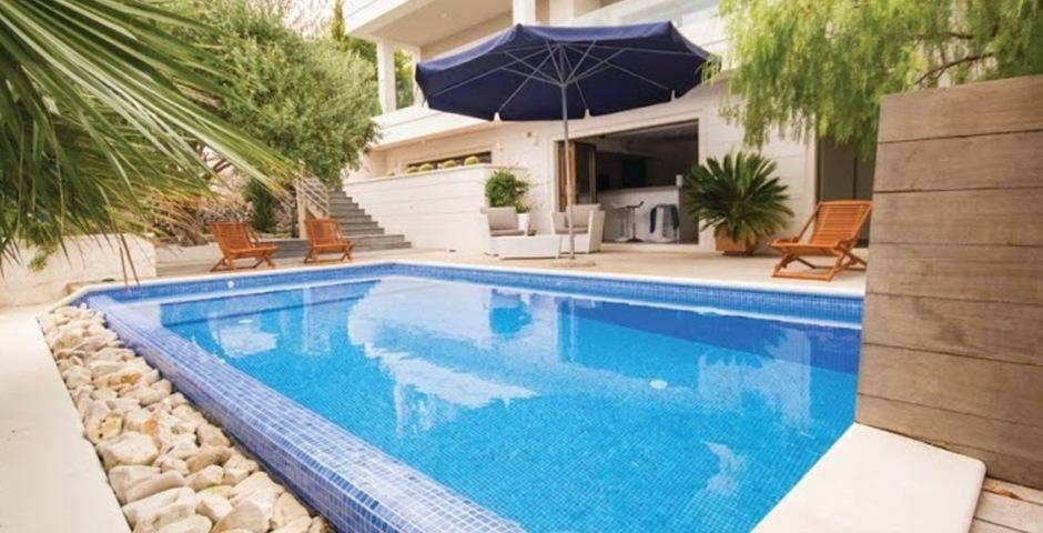Show luxury villa trogir croatia swimmingpool