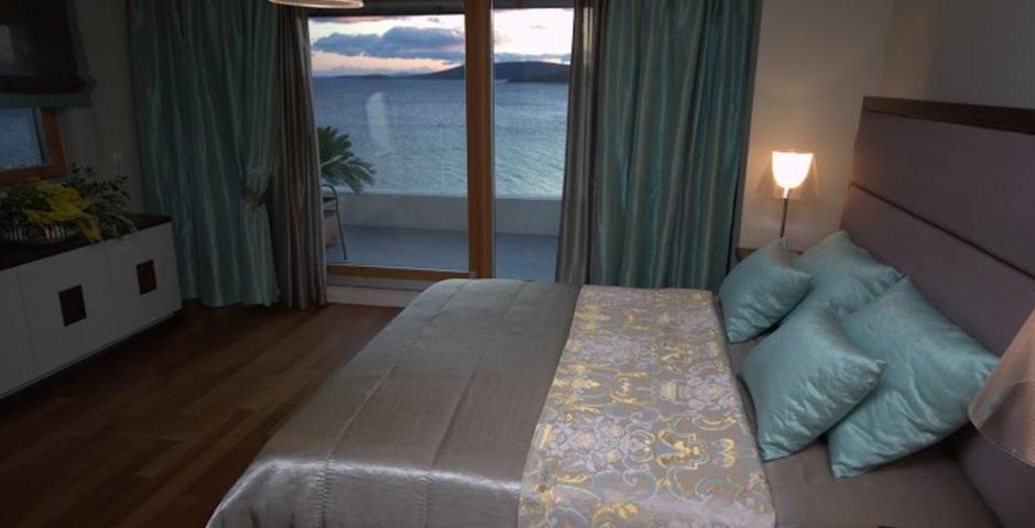 Show luxury villa trogir croatia bedroom seaview