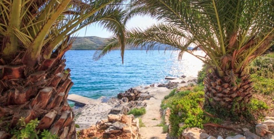 Show luxury villa trogir croatia access to sea