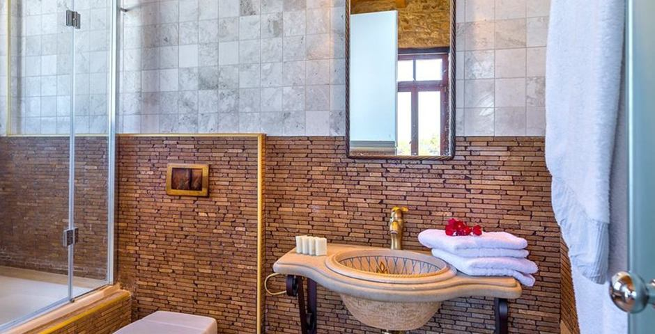 Show luxury traditional villa old mill mouranas crete greece bathroom