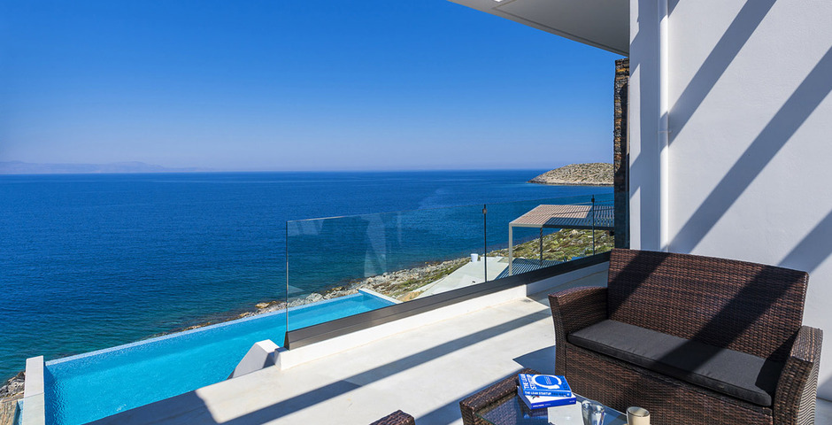 Show luxury villa crete seafront upper terrace 12