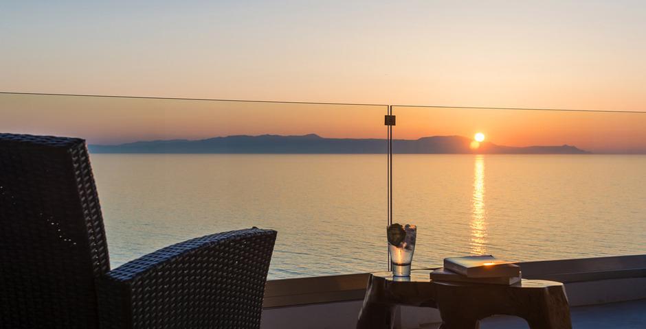 Show luxury villa crete veranda 1