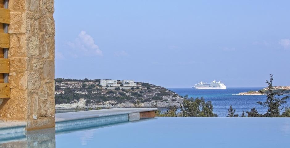 Show luxury stone villa akrotiri crete greece seaview