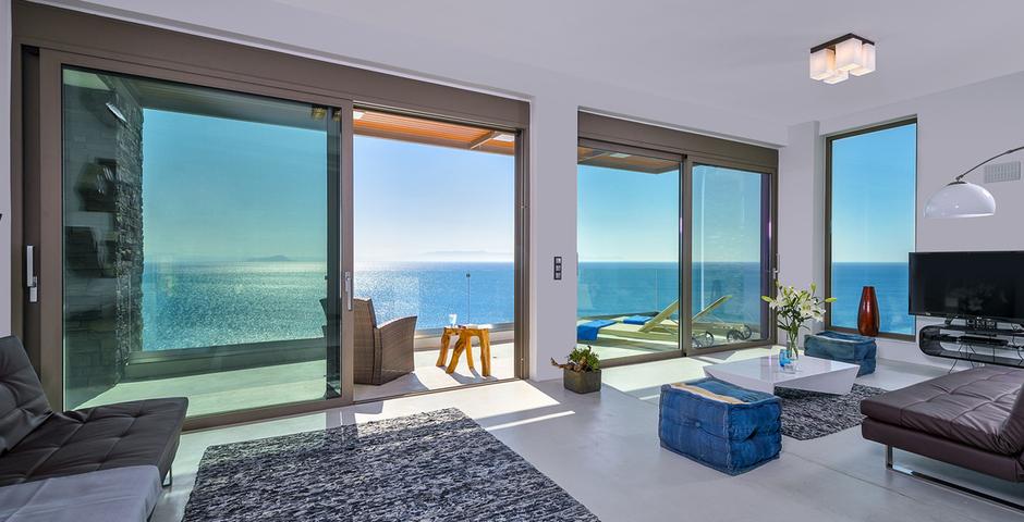 Show luxury villa crete seafront livingroom 26