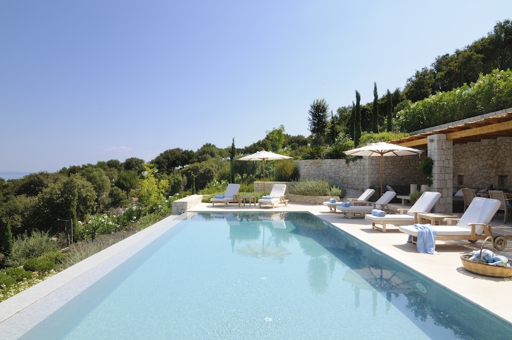 Chic stay vacances de luxe et locations d 39 affaires for Pool show near me