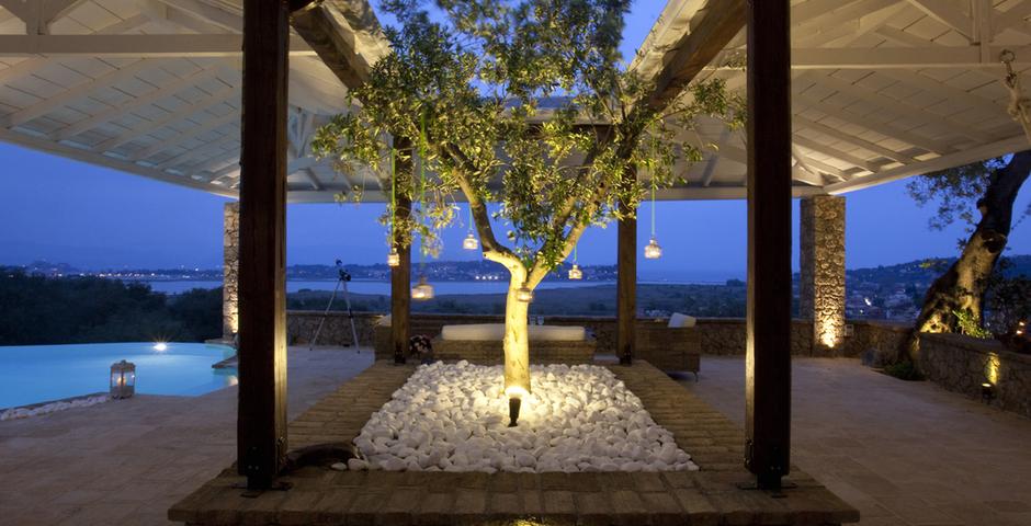 Show luxury seafront villa corfu piedra tree detail garden