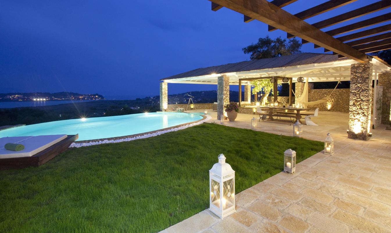 ... Show Luxury Seafront Villa Corfu Piedra Swimming Pool Area By Night ...